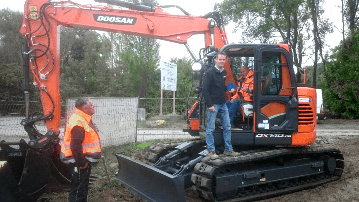 Krutmann GmbH & Co. KG – DOOSAN DX140LCR-5