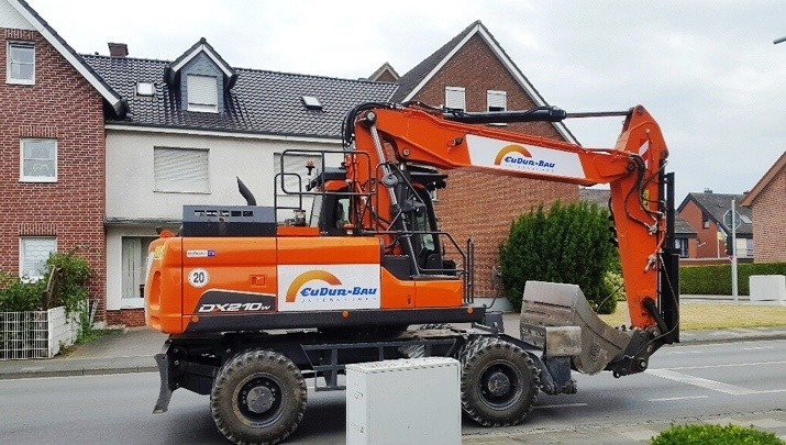 Eudur-Bau GmbH & Co. KG – DOOSAN DX210W-5