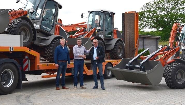 Gröschler Bauprojekt GmbH – WEYCOR AR 75E (3 Stück)