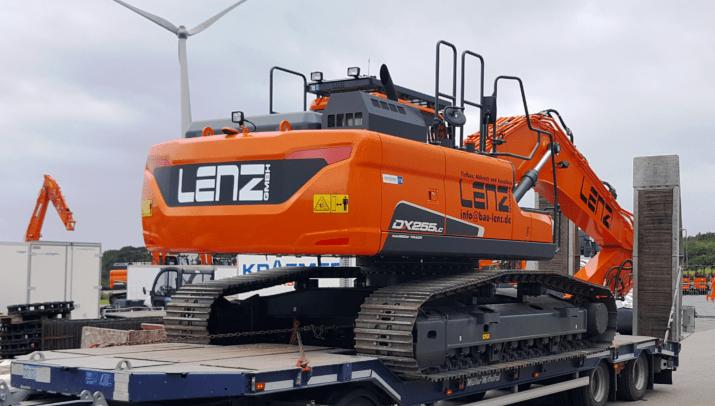 Lenz GmbH Tief- und Landschaftsbau – DOOSAN DX255-5