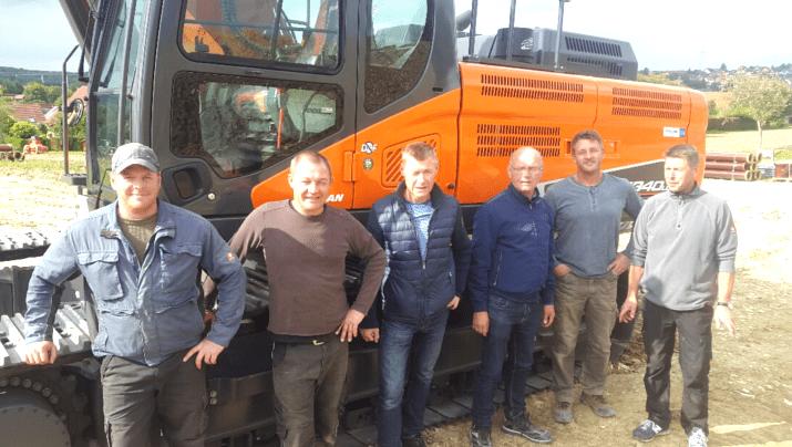 Montag Straßen- und Tiefbau GmbH – DOOSAN DX340