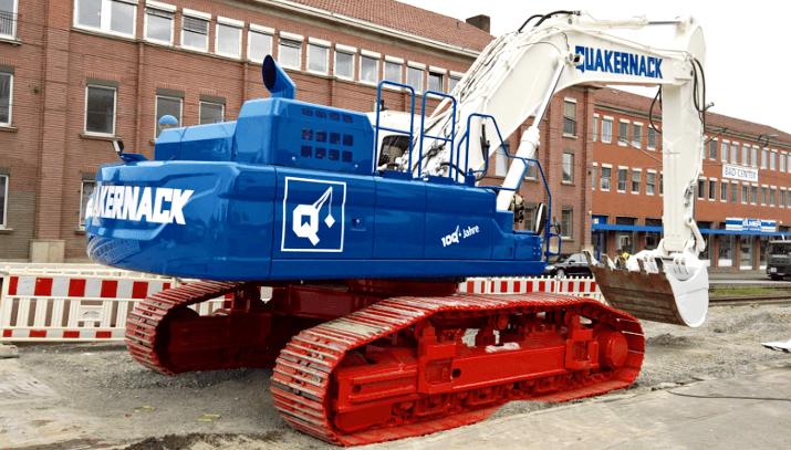 Quakernack GmbH & Co. KG – DOOSAN DX340-3 in Sonderlackierung