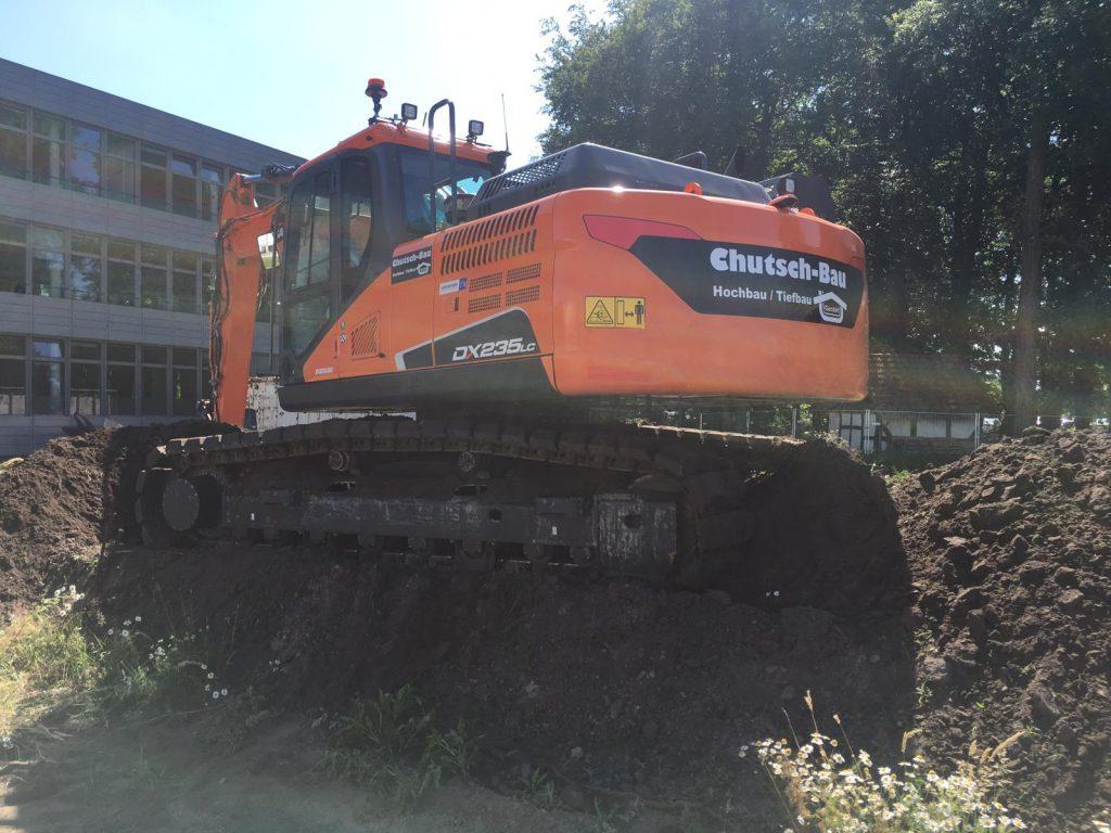 Chutsch-Bau GmbH – DOOSAN DX235LC